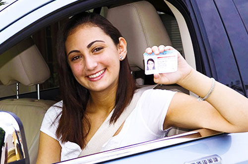 Educación del conductor para el permiso de aprendiz en español Fredericksburg VA